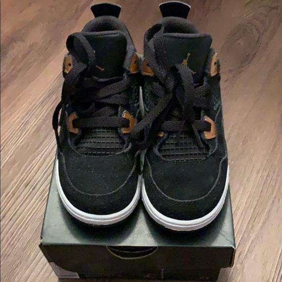 4 Retro Bt Suede Black Gold Sneaker